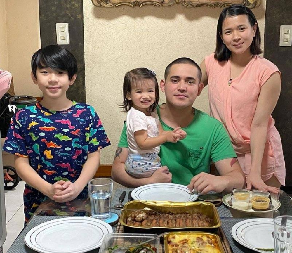 The celebrity couple happily share parenting duties to raise for Aki and Summer.