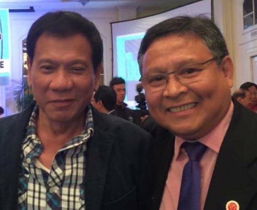 Amb. Adnan V. Alonto with President Rodrigo R. Duterte at a dinner event