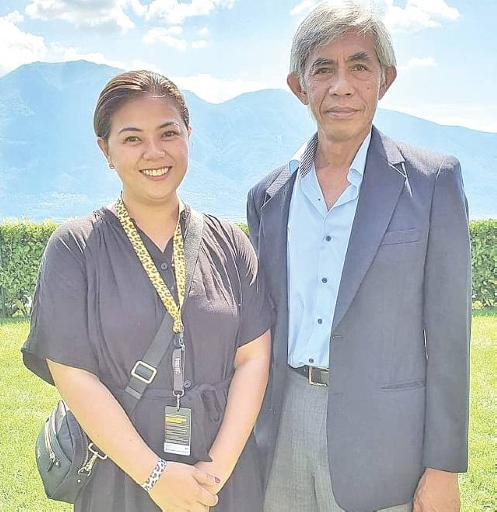 Chuyên gia đấu tranh và Đại sứ Philippines tại Thụy Sĩ Dennis Yap Lipatan