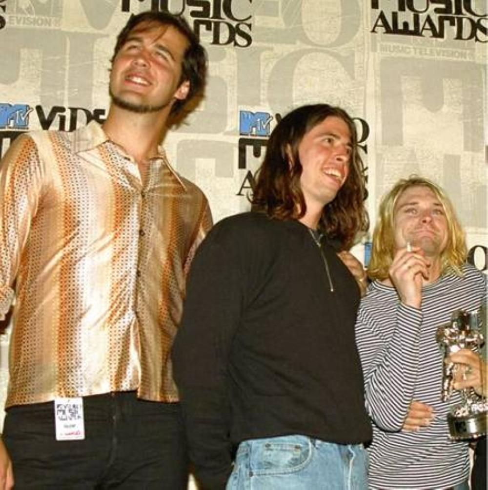 Mga miyembro ng banda ng Nirvana: Krist Novoselic, Dave Grohl at Kurt Cobain AP PHOTO