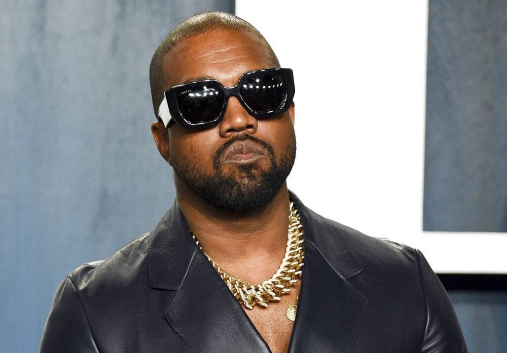 Kanye West AP LARAWAN