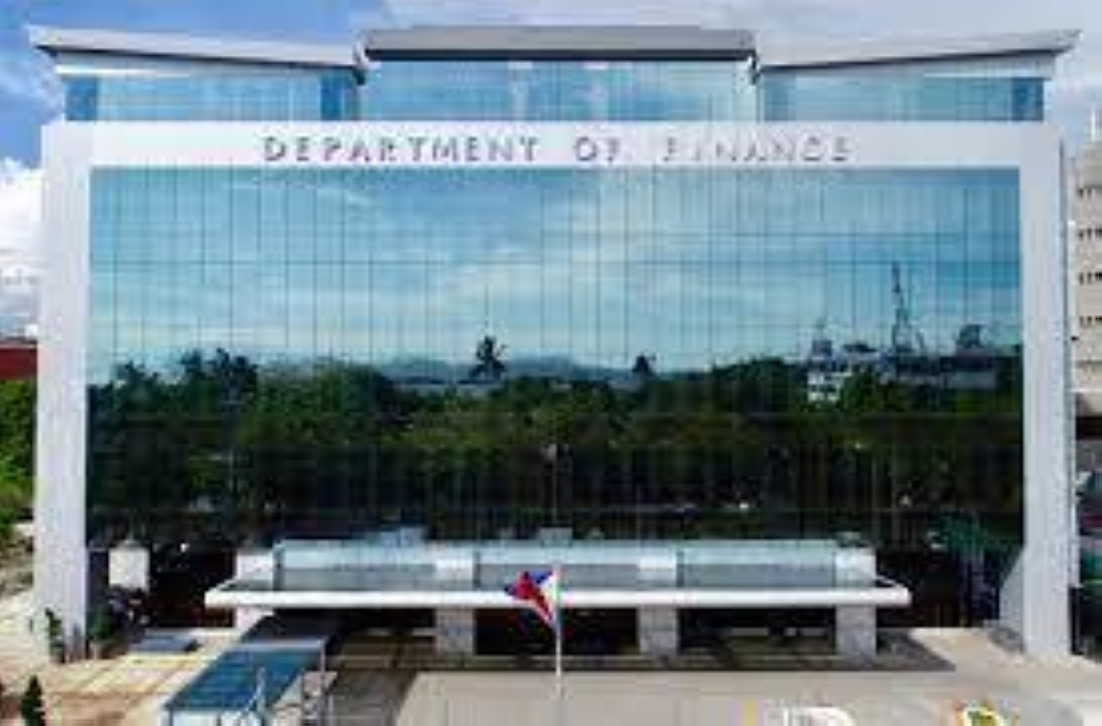 Outstanding PH corporate bonds hit P1.5T as of June - The Manila Times