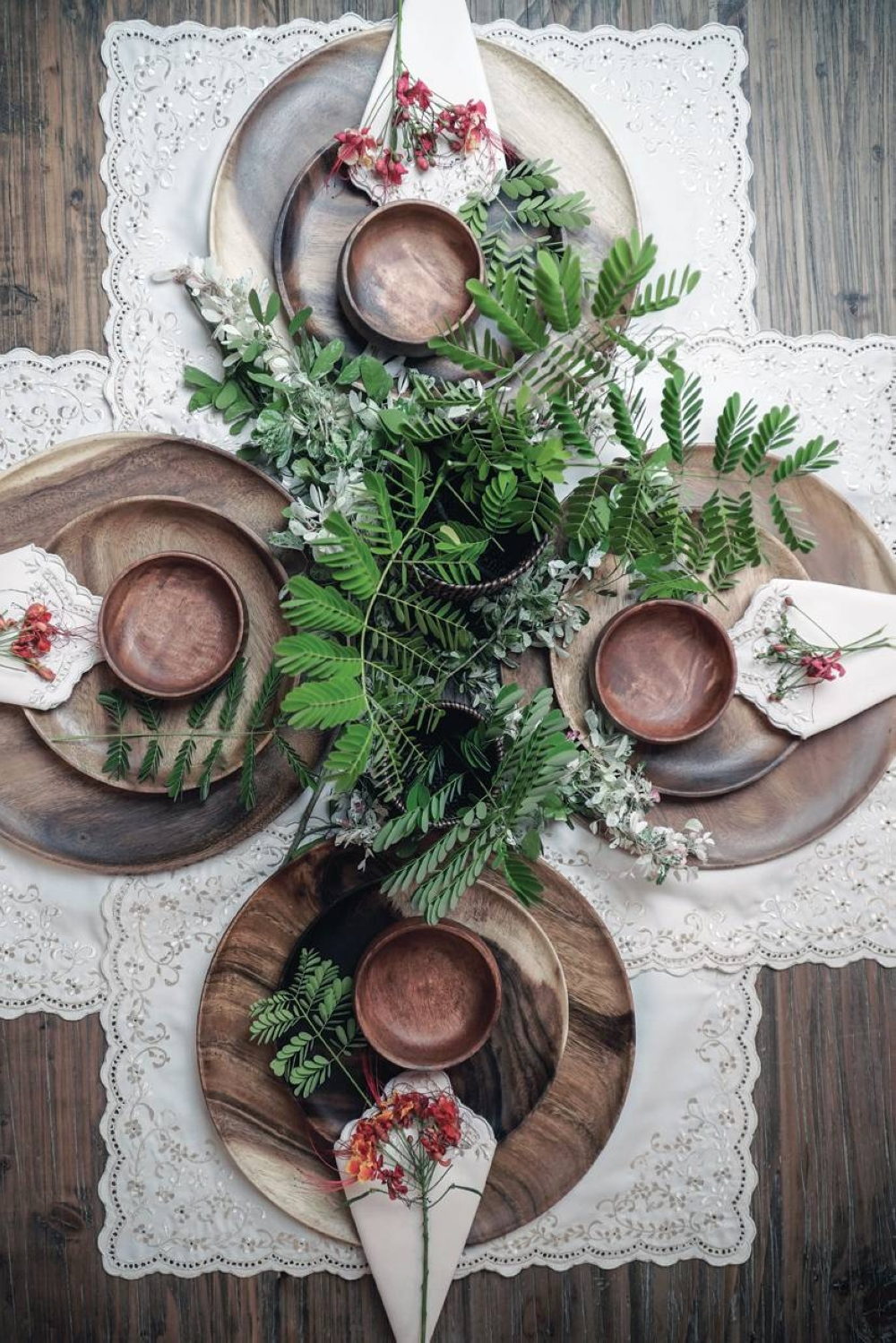 Create rustic tablescapes at home with acacia dinnerware and help support the Pampangueño artisans behind them.