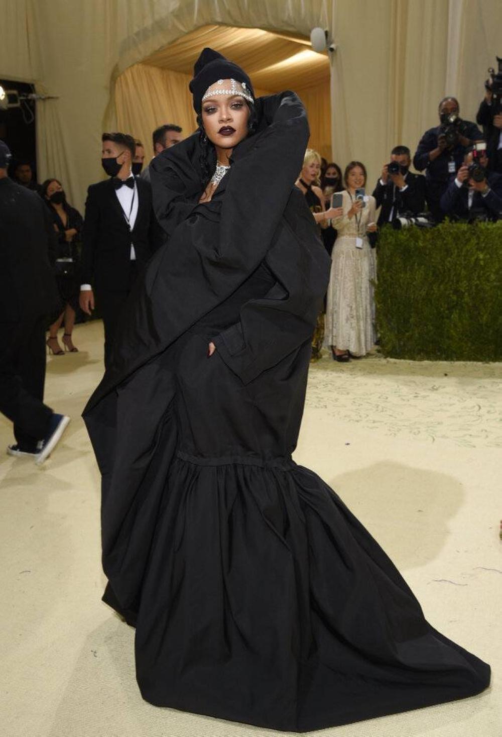 Rihanna AP LITRATO