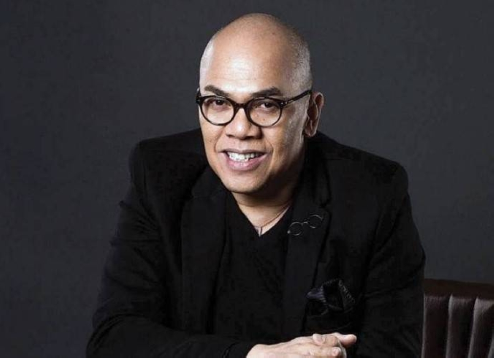 The King of Talk gave the possibility of a Congressional run a halfserious thought shortly after ABS-CBN's franchise renewal was denied. FACEBOOK PHOTO/THEREALBOYABUNDA