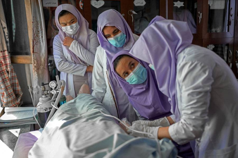 Afghan midwives' appeal to Taliban