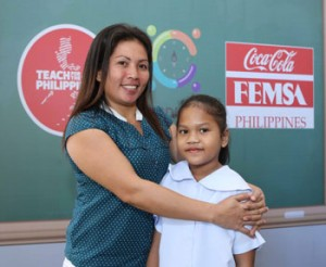 Marivel Beranguel and her daughter Roxanne, who is a participant of the program